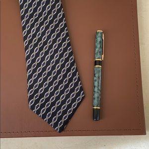 EUC Hermès Silk Belt Motif Men's Tie